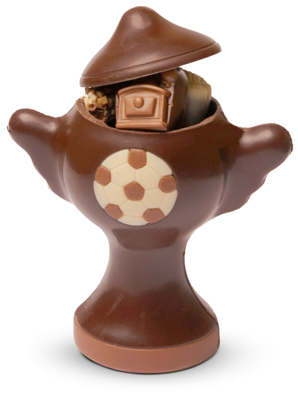 Schokoladenpokal mit Pralinen