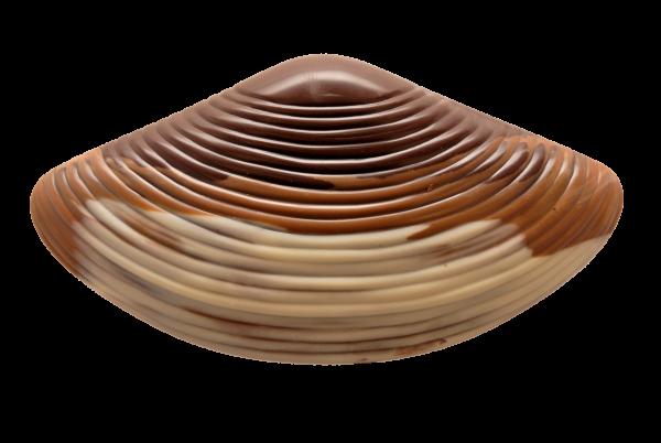 Schokoladen-Miesmuschel gefüllt mit Pralinen